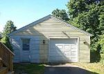 Foreclosed Home in Bloomfield 06002 MILLS LN - Property ID: 4000451134