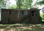Foreclosed Home in Bessemer 35020 11TH ST N - Property ID: 4000601367