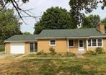 Foreclosed Home in Edwardsville 62025 N STATE ROUTE 159 - Property ID: 4000635534