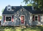 Foreclosed Home in Rockford 61107 STRATFORD AVE - Property ID: 4000960506