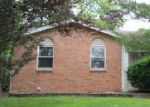 Foreclosed Home in Fenton 63026 TRAILS DR - Property ID: 4001324912