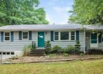 Foreclosed Home in Hamden 06518 MURLYN RD - Property ID: 4001381397