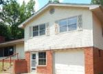 Foreclosed Home in Poplar Bluff 63901 COUNTY ROAD 468 - Property ID: 4002897219
