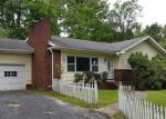 Foreclosed Home in Hendersonville 28739 HARDEN CIR - Property ID: 4002951537