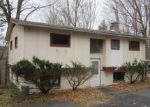 Foreclosed Home in Hyde Park 12538 FULLER LN - Property ID: 4003024234