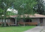 Foreclosed Home in Beaumont 77708 HADEN RD - Property ID: 4003476670