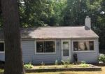 Foreclosed Home in Commerce Township 48382 PICKBOURNE ST - Property ID: 4003983397