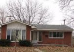 Foreclosed Home in Livonia 48154 BUCKINGHAM ST - Property ID: 4003993924