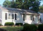 Foreclosed Home in Waterloo 50702 RANDOLPH ST - Property ID: 4004148518