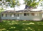 Foreclosed Home in Cedar Rapids 52404 DEVONWOOD AVE SW - Property ID: 4004149841