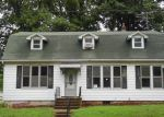 Foreclosed Home in Troy 62294 E MARKET ST - Property ID: 4004225603