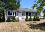 Foreclosed Home in New Britain 06053 NACHILLY DR - Property ID: 4004409105