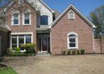 Foreclosed Home in Cordova 38018 CORDOVA CLUB DR E - Property ID: 4004999501