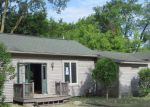 Foreclosed Home in Fenton 48430 COLFAX ST - Property ID: 4008005312
