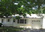 Foreclosed Home in Kansas City 64118 NE 54TH TER - Property ID: 4008044740