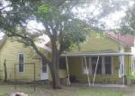 Foreclosed Home in Gainesville 76240 S GRAND AVE - Property ID: 4008356577