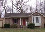 Foreclosed Home in Clarksville 37042 SARAH ELIZABETH DR - Property ID: 4008634694