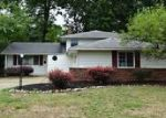 Foreclosed Home in North Olmsted 44070 FAWN DR - Property ID: 4008780534