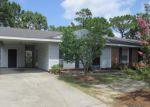 Foreclosed Home in Hope Mills 28348 RICHFIELD AVE - Property ID: 4008813374