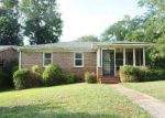 Foreclosed Home in Birmingham 35211 8TH CT SW - Property ID: 4009689774
