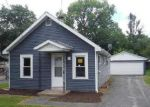Foreclosed Home in Aurora 60506 WHITE AVE - Property ID: 4009793115
