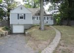 Foreclosed Home in New Britain 06053 STANWOOD CIR - Property ID: 4010069486