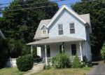 Foreclosed Home in New Britain 06052 LINCOLN ST - Property ID: 4011399620
