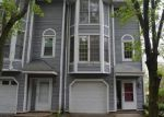 Foreclosed Home in New Haven 06513 HEMINGWAY ST - Property ID: 4011663268