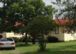 Foreclosed Home in Floresville 78114 BUTTER CUP LN - Property ID: 4013397659