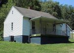 Foreclosed Home in Clarksville 15322 GREENE ST - Property ID: 4013542174