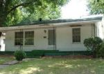 Foreclosed Home in Clarksville 75426 W TAYLOR ST - Property ID: 4014102347