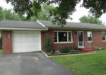 Foreclosed Home in Radcliff 40160 W ELM RD - Property ID: 4015244591