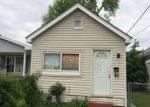 Foreclosed Home in Evansville 47710 CEDAR ST - Property ID: 4015354969