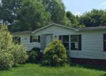 Foreclosed Home in Uhrichsville 44683 EDIE HILL RD SE - Property ID: 4015630895