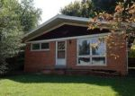 Foreclosed Home in Evansville 47715 WASHINGTON AVE - Property ID: 4016010160