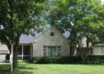 Foreclosed Home in Rockford 61107 JAMES AVE - Property ID: 4016121408