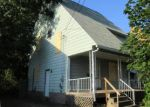 Foreclosed Home in Waterbury 06706 MADISON ST - Property ID: 4016434116