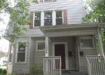 Foreclosed Home in Davenport 52803 ARLINGTON AVE - Property ID: 4017241756
