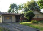 Foreclosed Home in Canton 44705 REGENTVIEW ST NE - Property ID: 4017728785
