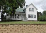 Foreclosed Home in Baraboo 53913 15TH ST - Property ID: 4017928491