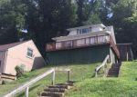 Foreclosed Home in Charleston 25303 FOREST CIR - Property ID: 4017970542
