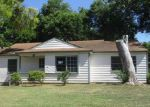 Foreclosed Home in Arlington 76010 BIGGS TER - Property ID: 4018179452