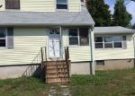 Foreclosed Home in Shirley 11967 STANLEY DR - Property ID: 4018851749