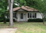 Foreclosed Home in Saint Louis 63123 DELMONT ST - Property ID: 4019060213