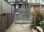 Foreclosed Home in Baltimore 21205 N LAKEWOOD AVE - Property ID: 4019312493