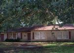 Foreclosed Home in Lake Charles 70601 9TH ST - Property ID: 4019330897