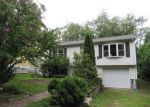 Foreclosed Home in New London 06320 FAYE ST - Property ID: 4019805201