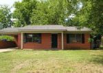 Foreclosed Home in Decatur 35601 WALNUT ST NW - Property ID: 4020038208