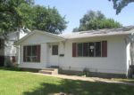 Foreclosed Home in Davenport 52804 N ELSIE AVE - Property ID: 4020207265