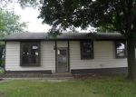Foreclosed Home in Davenport 52806 W 55TH ST - Property ID: 4020208587